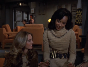 Lt. Dietre explaining a flight manuever she uses against the Cylons.